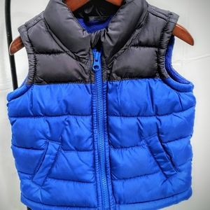Old Navy Boys Two-Tone Frost Free Puffy Vest
